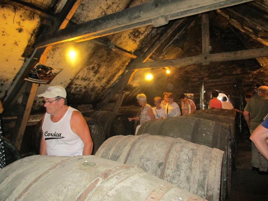 Impressionnant les tonneaux de la cidrerie
