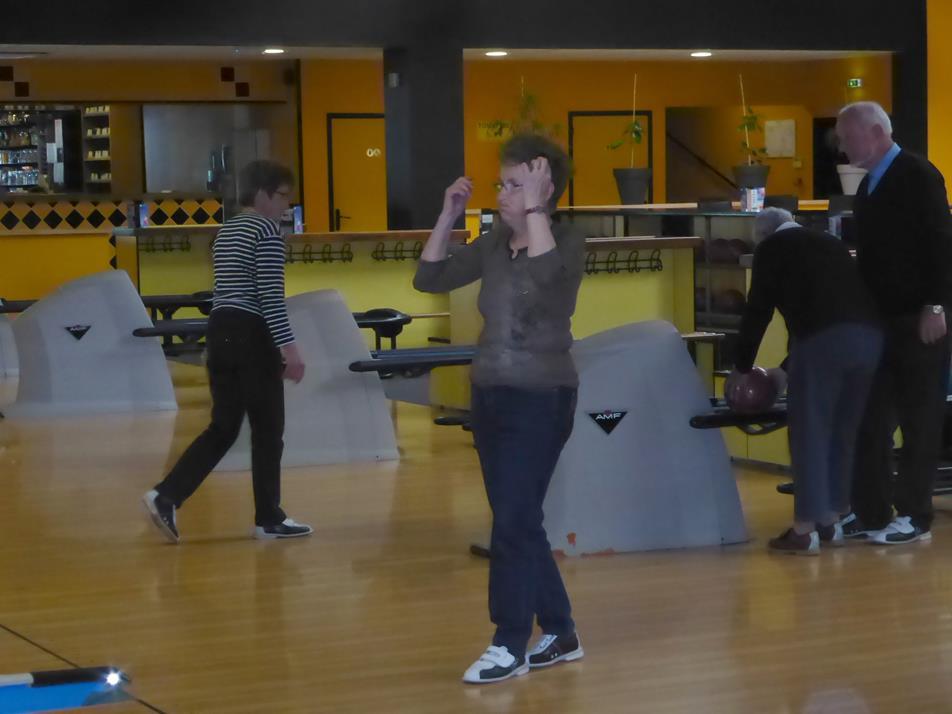 Notre Trésorière au Bowling
